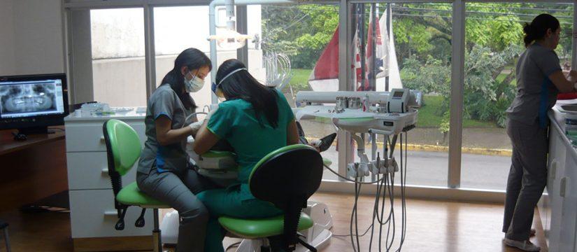 Dentistas en costa rica - Sonrisas para todos